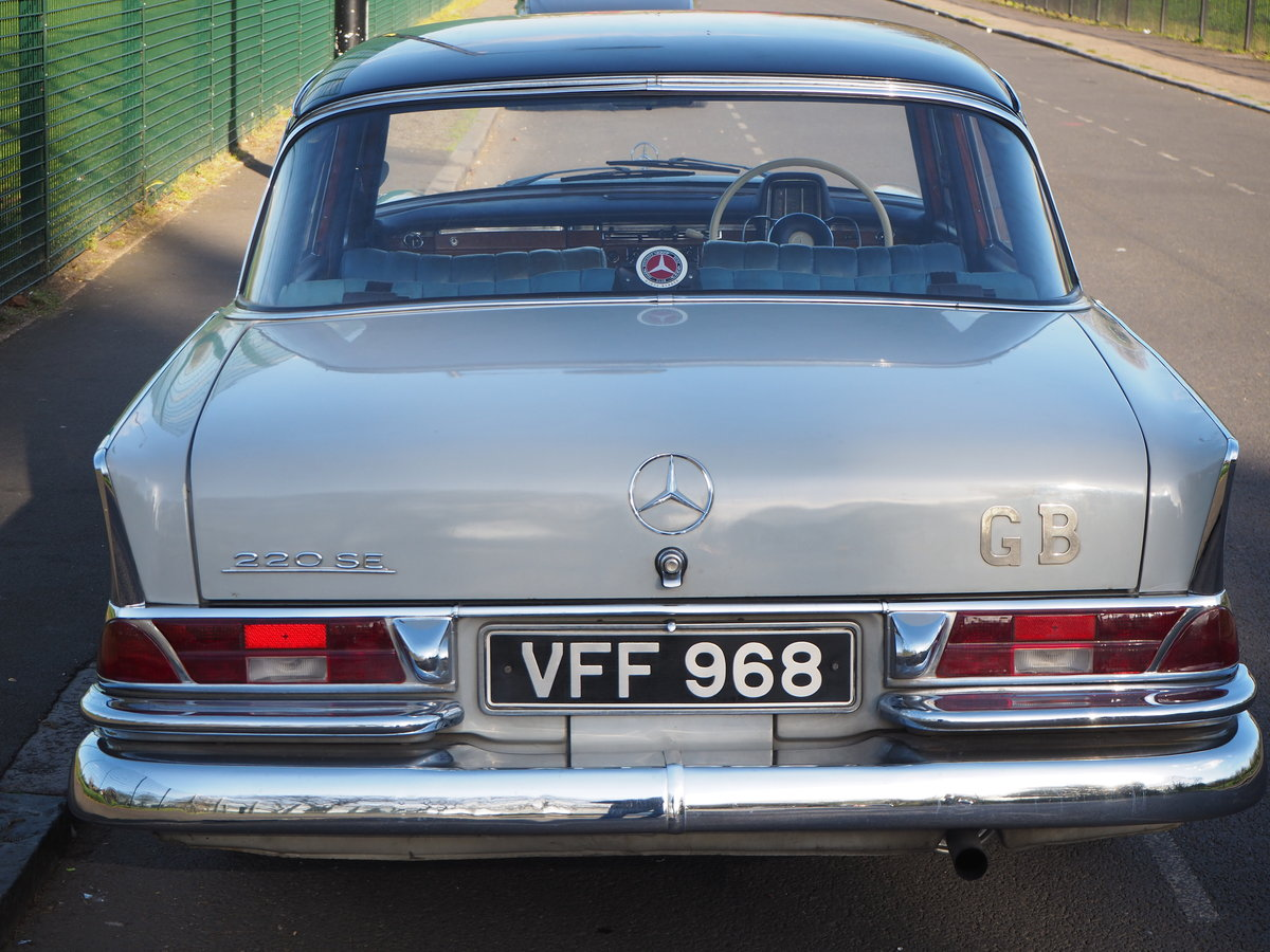 1961 Mercedes 220SEb sedan very good ready to enjoy SOLD (picture 5 of 6)