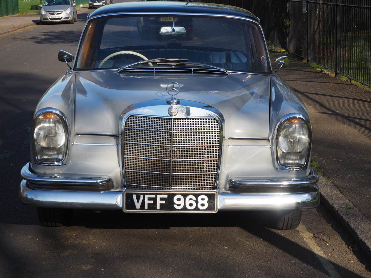 1961 Mercedes 220SEb sedan very good ready to enjoy For Sale (picture 2 of 6)