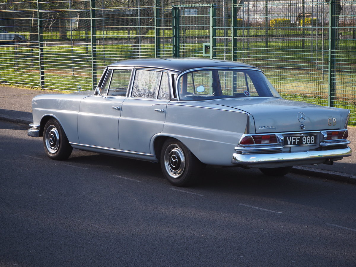 1961 Mercedes 220SEb sedan very good ready to enjoy For Sale (picture 3 of 6)