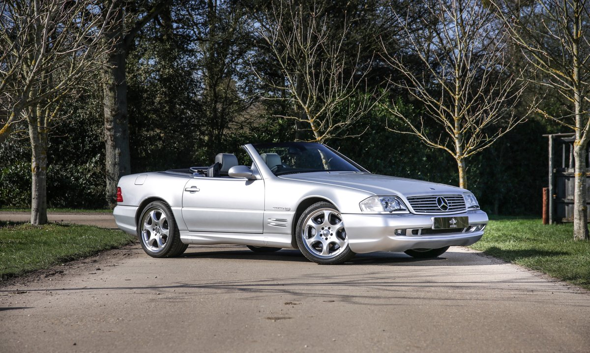 2002 Mercedes Benz SL500  For Sale (picture 1 of 6)