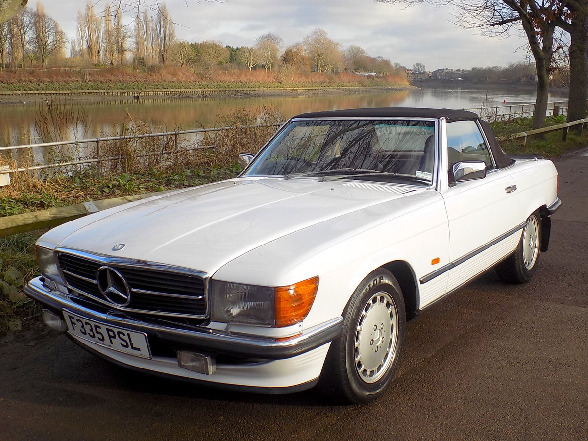 1989 MERCEDES BENZ 300SL (R107 Series) SPORTS CONVERTIBLE SOLD (picture 1 of 6)