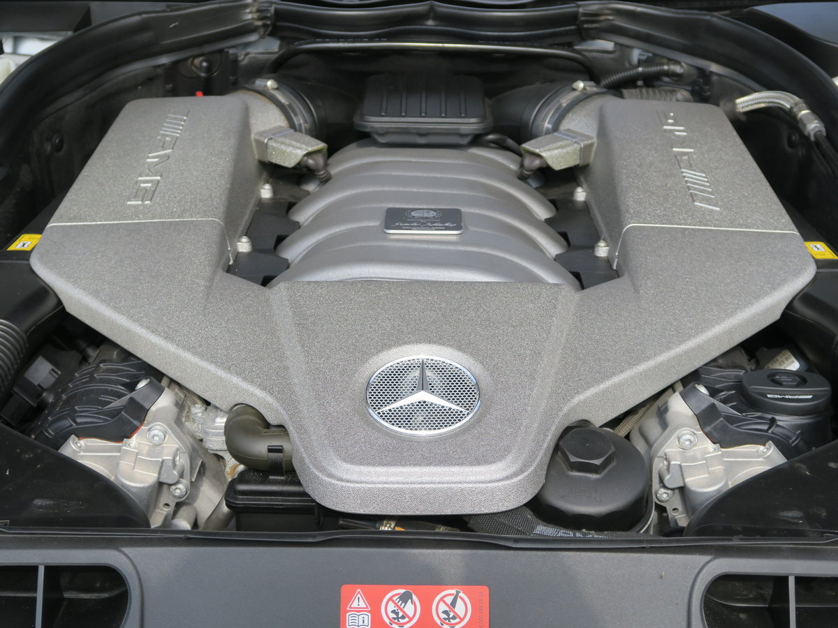 2012 Mercedes-Benz C63 AMG Black Series For Sale (picture 5 of 6)