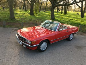 Mercedes 300 SL 1989 W107 Classic Sports convertible. I  For Sale