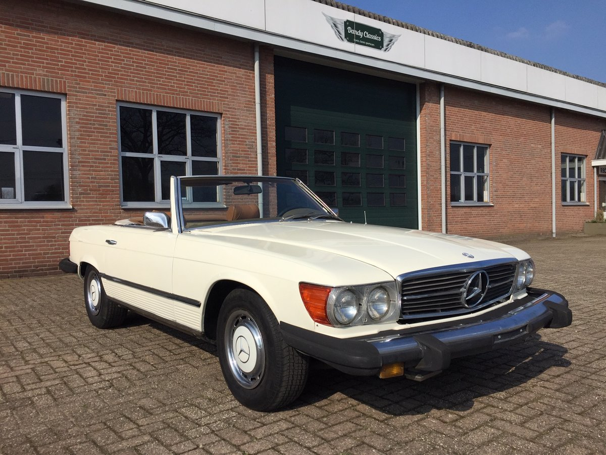 1974 Mercedes-Benz 450SL SOLD (picture 1 of 6)