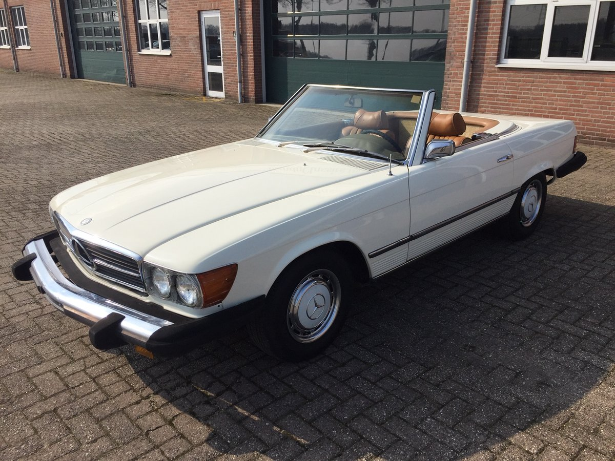 1974 Mercedes-Benz 450SL SOLD (picture 4 of 6)