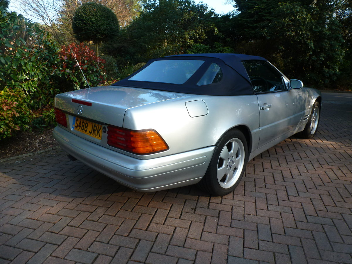1998 Beautiful low mileage SL280 For Sale (picture 4 of 6)