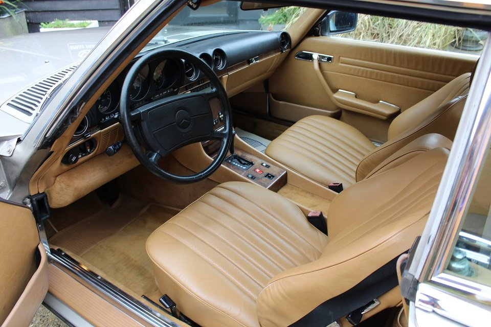 1987 Mercedes R107 560sl in beautiful condition. For Sale (picture 3 of 6)