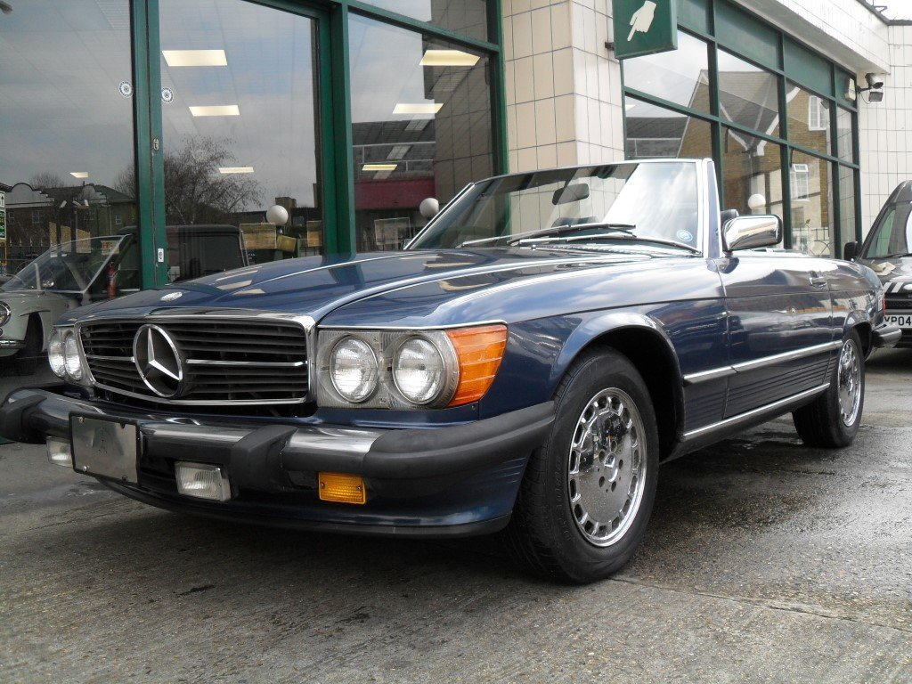 1987 Mercedes 560 SL  For Sale (picture 1 of 6)