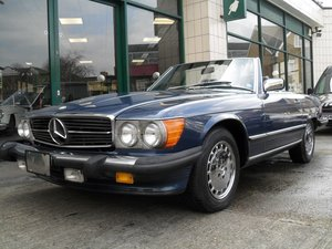 1987 Mercedes 560 SL  For Sale
