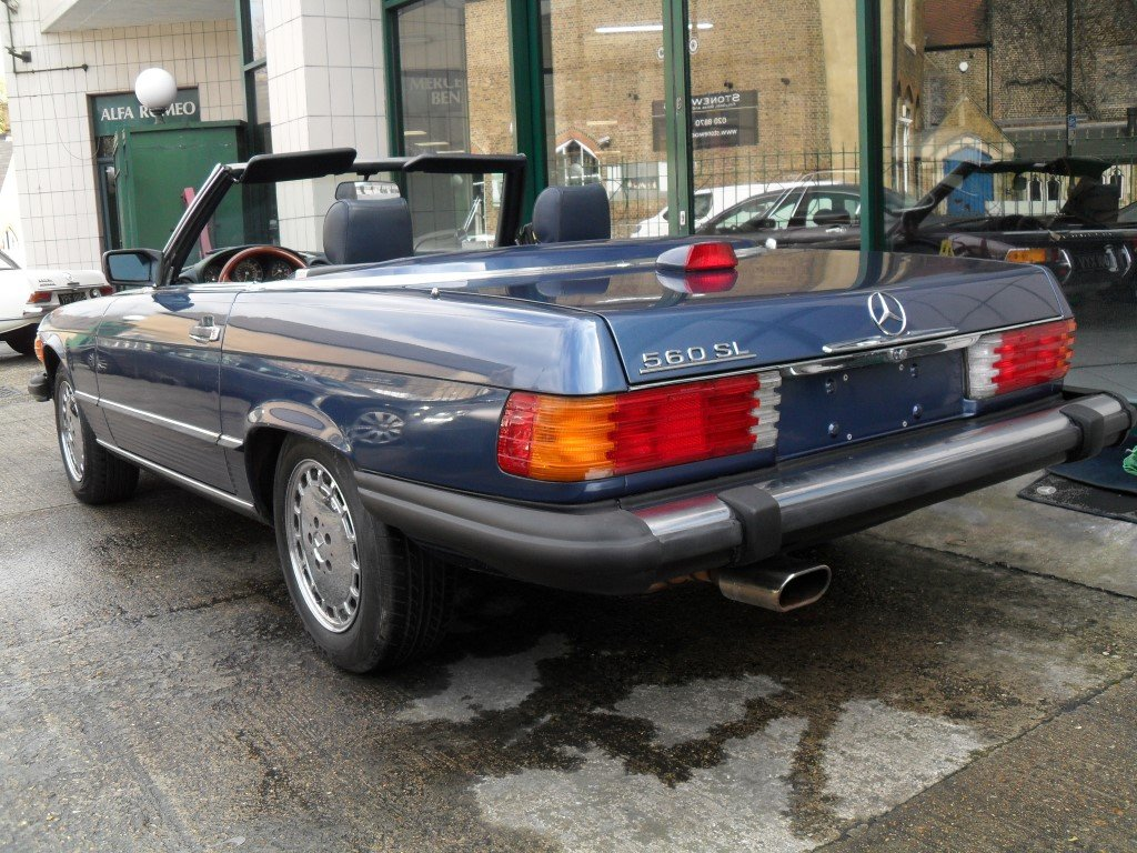 1987 Mercedes 560 SL  For Sale (picture 3 of 6)