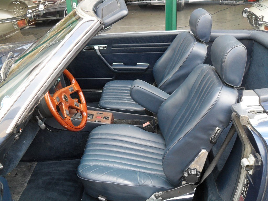 1987 Mercedes 560 SL  For Sale (picture 4 of 6)
