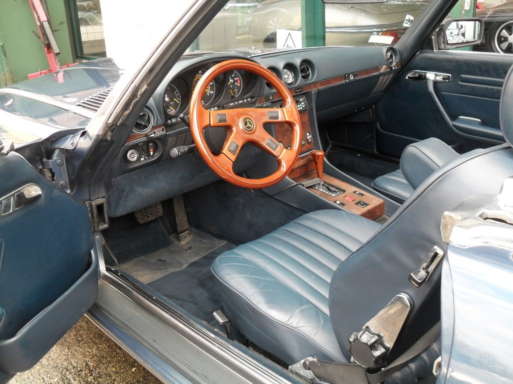 1987 Mercedes 560 SL  For Sale (picture 5 of 6)