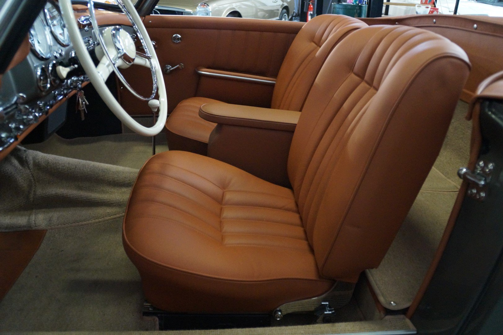 MERCEDES-BENZ 190 SL 190SL Concourse restored (1957) For Sale (picture 4 of 6)