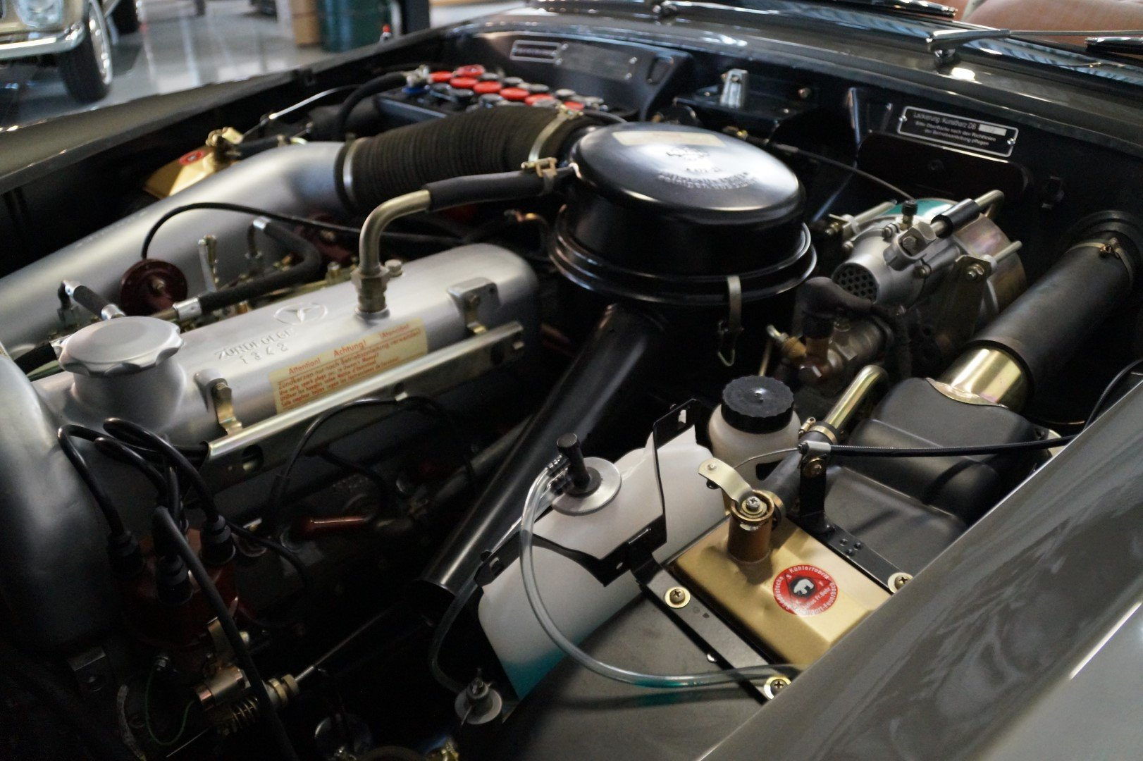 MERCEDES-BENZ 190 SL 190SL Concourse restored (1957) For Sale (picture 5 of 6)