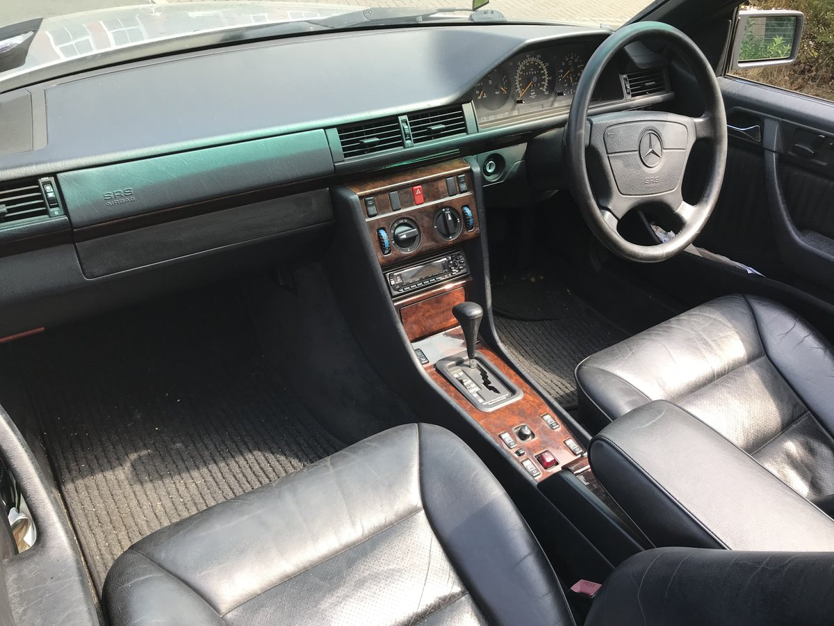 Mercedes E320 Cabriolet W124 1994 For Sale (picture 4 of 6)