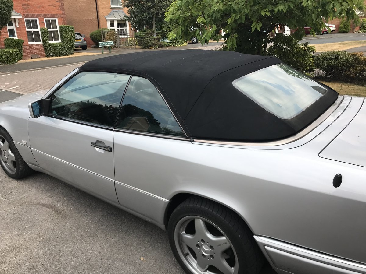 Mercedes E320 Cabriolet W124 1994 For Sale (picture 6 of 6)