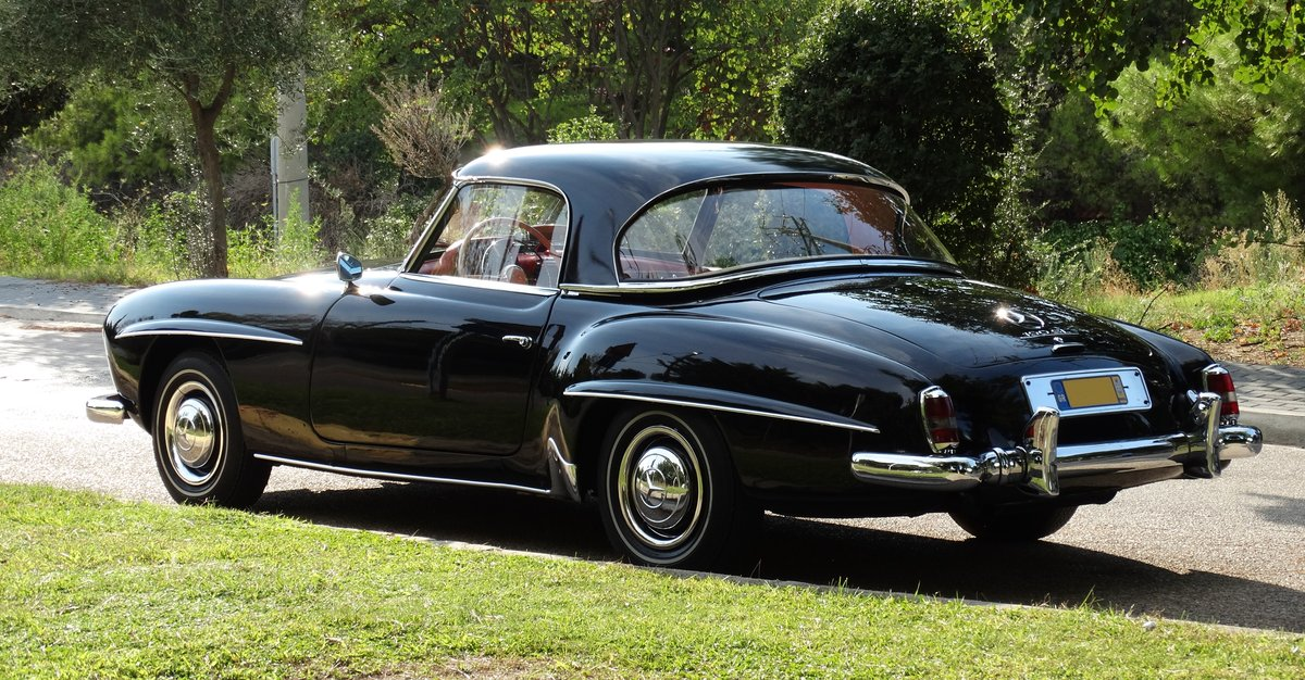 1961 Mercedes-Benz 190SL Coupe with Soft Top, Concours cond. For Sale (picture 2 of 6)