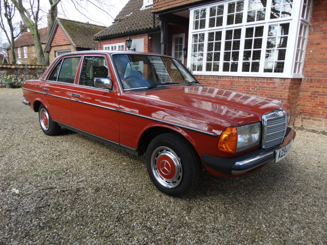 1983 MERCEDES 230E 2.3  For Sale (picture 1 of 6)