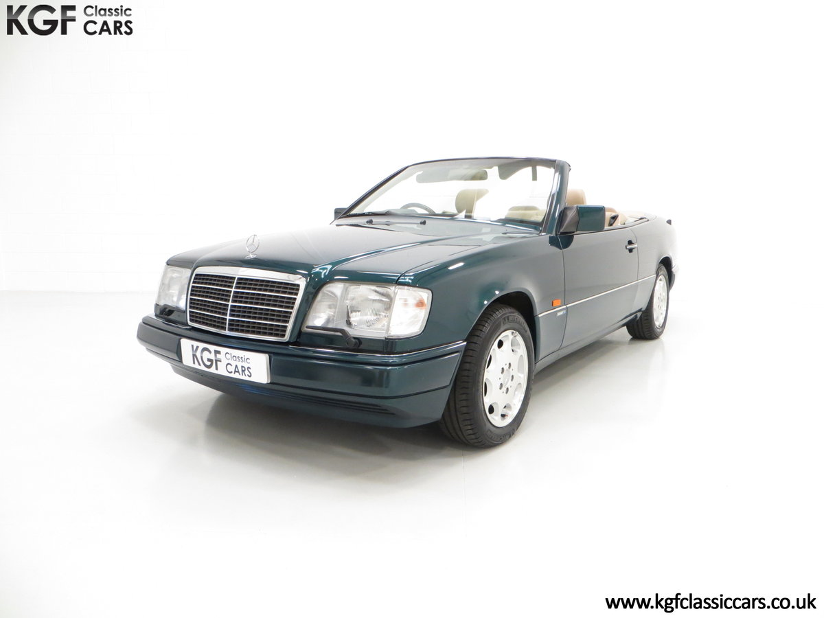 1996 An Outstanding Mercedes-Benz W124 E320 Sportline Cabriolet SOLD (picture 2 of 6)