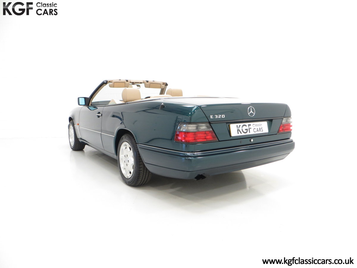 1996 An Outstanding Mercedes-Benz W124 E320 Sportline Cabriolet SOLD (picture 4 of 6)