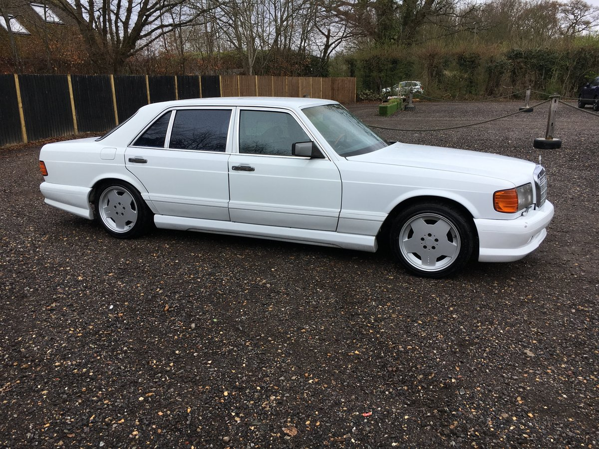 1988 Mercedes 560 SEL LHD rust free car 150HD pics For Sale (picture 1 of 6)