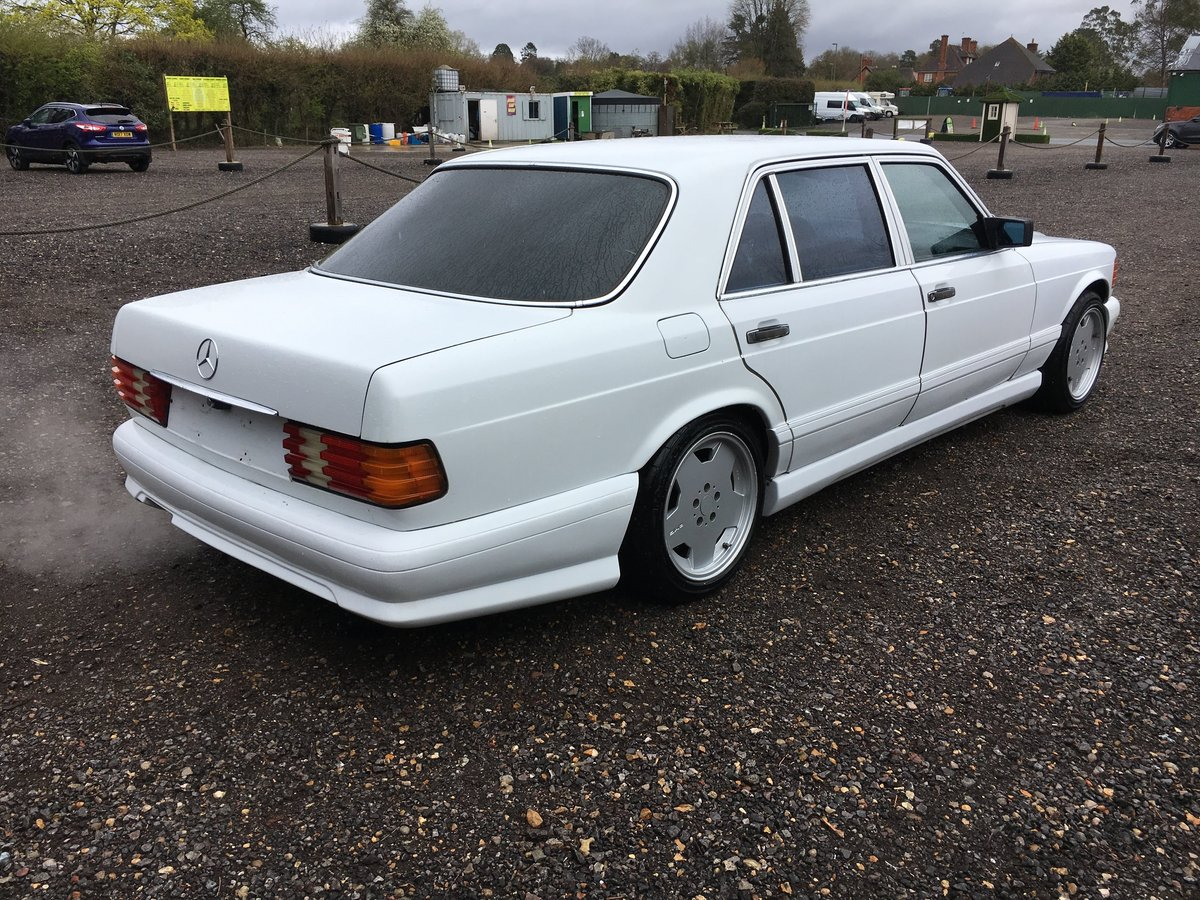 1988 Mercedes 560 SEL LHD rust free car 150HD pics For Sale (picture 2 of 6)