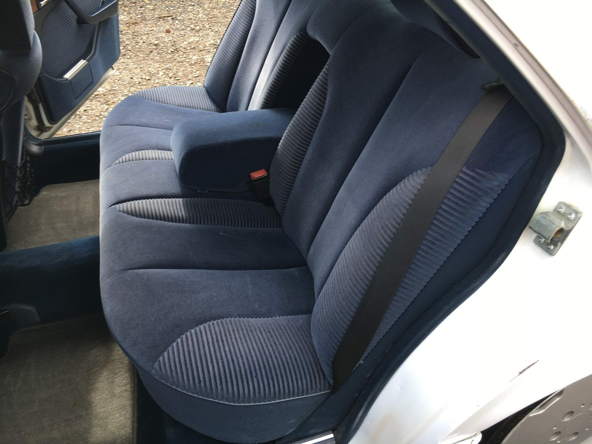 1988 Mercedes 560 SEL LHD rust free car 150HD pics For Sale (picture 5 of 6)