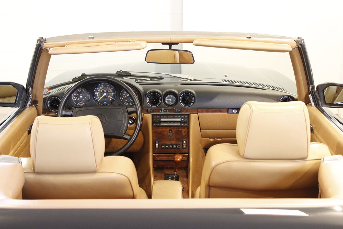 1988 Mercedes-Benx 560 SL Aut. Convertible For Sale (picture 3 of 6)