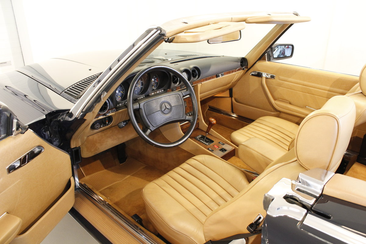 1988 Mercedes-Benx 560 SL Aut. Convertible For Sale (picture 4 of 6)