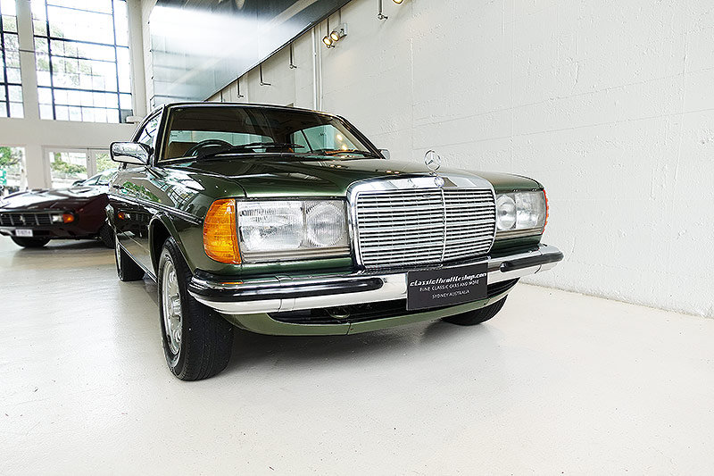 1984 immaculate, lots of factory options, history For Sale (picture 1 of 6)
