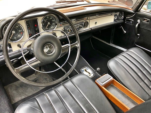 1968 MERCEDES BENZ - 280 SL PAGODA AUTOMATIC For Sale (picture 4 of 6)