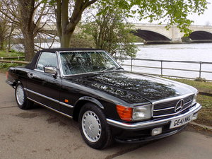 1989 MERCEDES BENZ 300 SL (R107 Series) SPORTS CONVERTIBLE SOLD