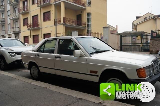 MERCEDES 190 E DEL 1984 CON GANCIO TRAINO For Sale (picture 3 of 6)