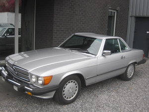 1986 SL 560 CABRIO THE TOP MODEL FROM THE SERIES 107, CARFXREPORT For Sale
