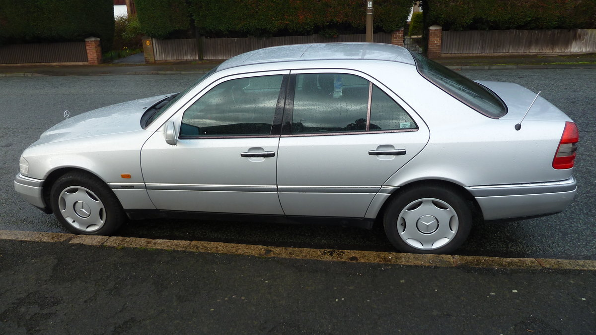 1995 Mercedes Elegance c180 For Sale (picture 1 of 6)