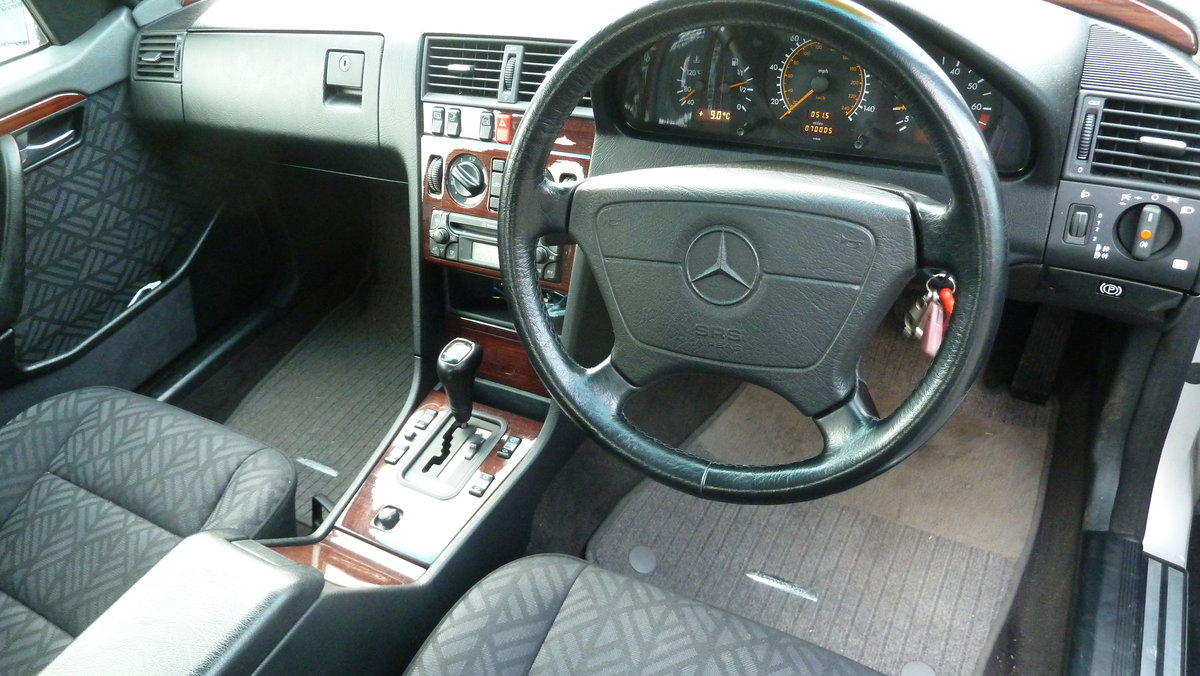 1995 Mercedes Elegance c180 For Sale (picture 3 of 6)