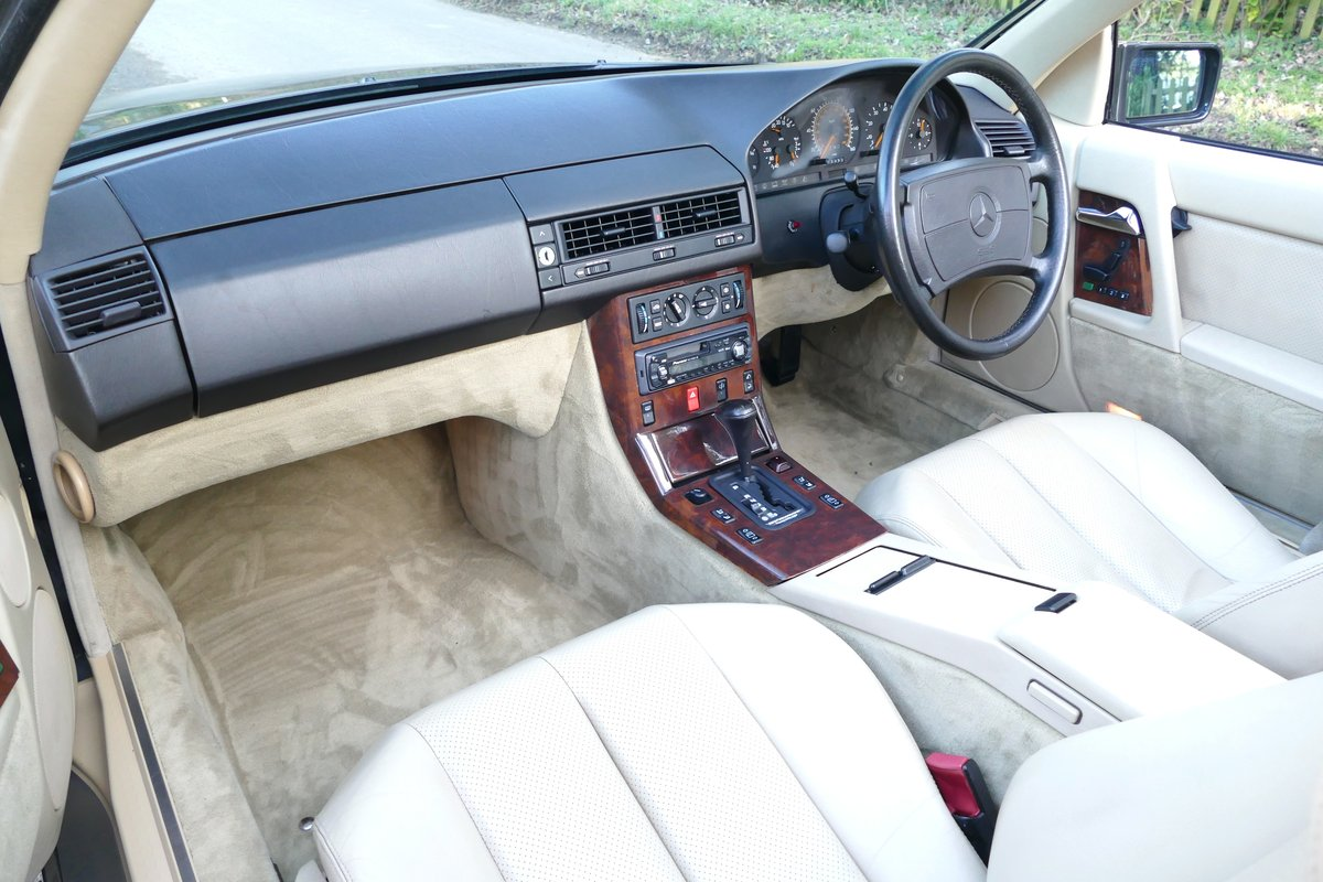 1991 H MERCEDES 500SL ORIGINAL UK CAR WITH JUST 45,000 MILES For Sale (picture 5 of 6)