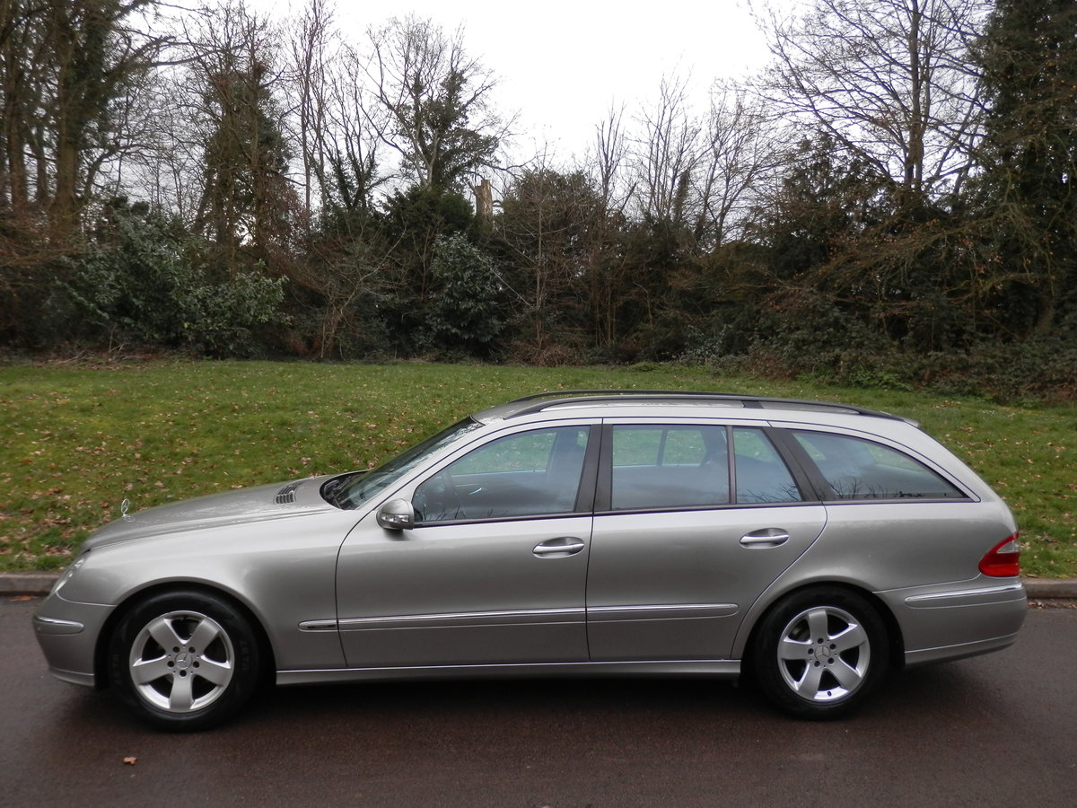 MERCEDES E270 CDi AVANTGARDE ESTATE.. TOP SPEC.. 1 OWNER/FSH For Sale (picture 1 of 6)