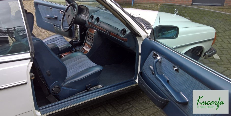 1977 Mercedes 230C (W123) For Sale (picture 4 of 6)
