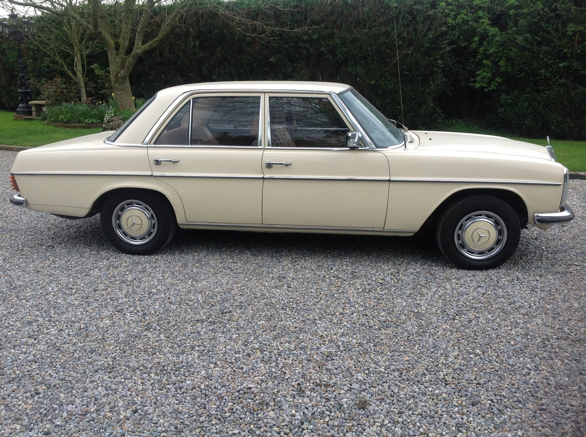 1975 Mercedes Benz 230 For Sale (picture 3 of 6)