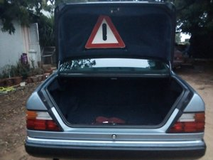 1990 Mercedes Benz 230CE C124 2 Door Coupe For Sale