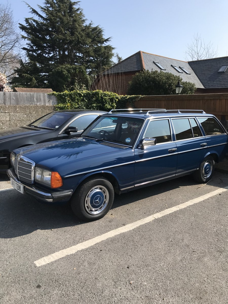 1984 Mercedes w123 estate 5 speed manual SOLD (picture 2 of 3)