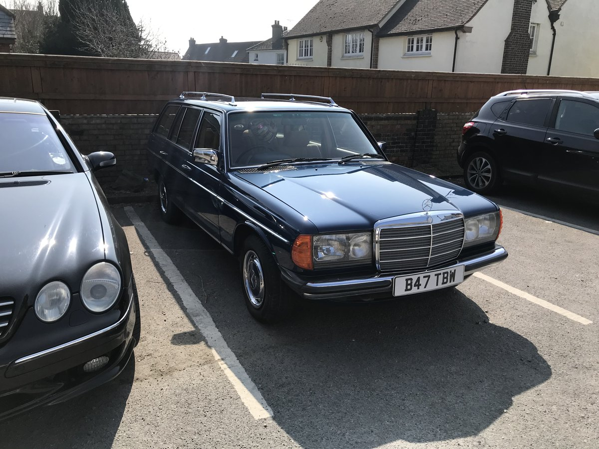1984 Mercedes w123 estate 5 speed manual SOLD (picture 3 of 3)