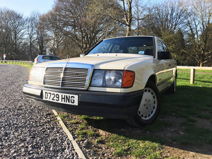 Mercedes-Benz E CLASS 300D W124 (1987) For Sale