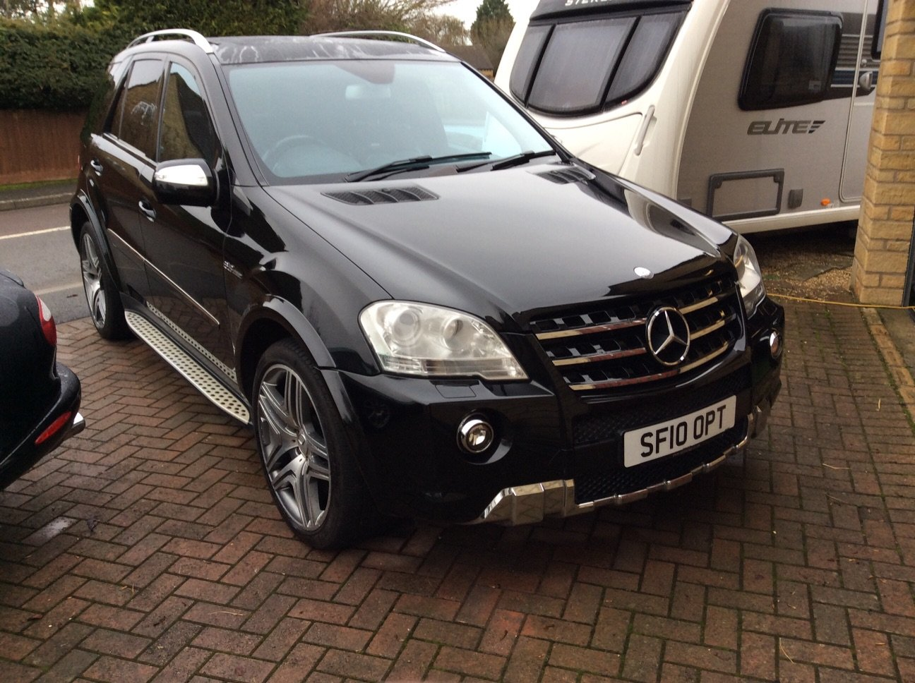 2010 ML63 AMG SOLD (picture 1 of 6)