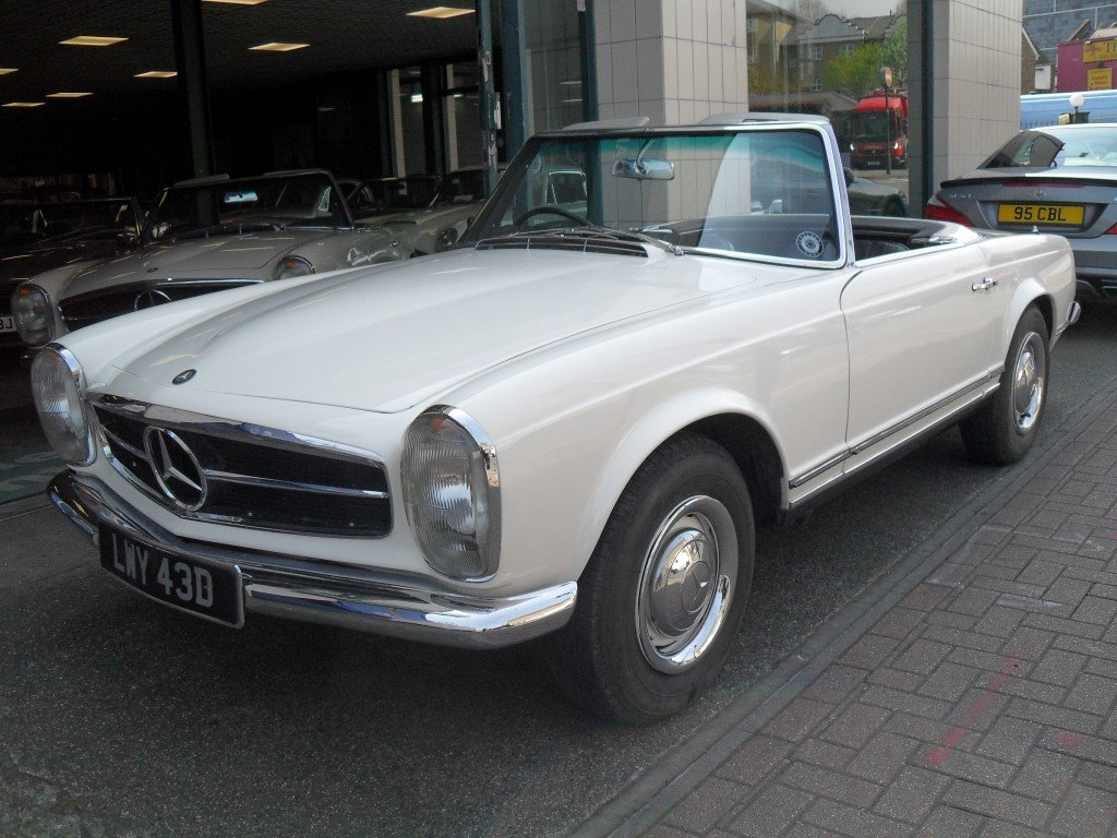 1966 Mercedes Benz 230SL Pagoda ,just 24,000 miles showing For Sale (picture 1 of 5)