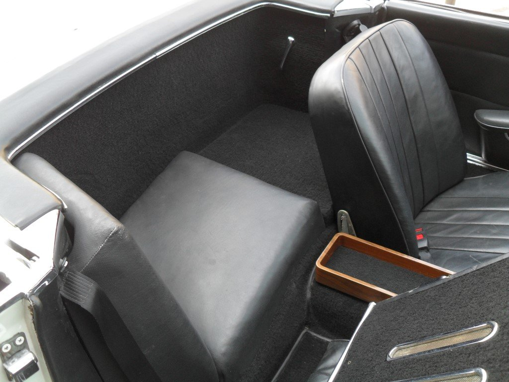 1966 Mercedes Benz 230SL Pagoda ,just 24,000 miles showing For Sale (picture 5 of 5)