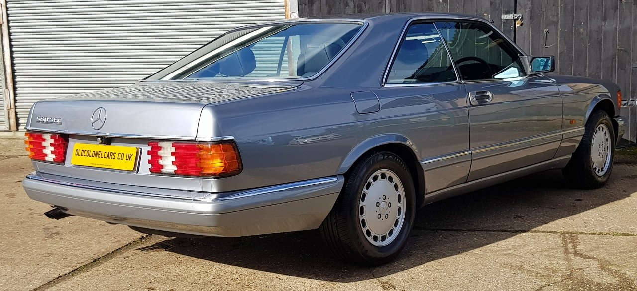 1987 Outstanding Mercedes W126 560 SEC - 30 Service stamps For Sale (picture 3 of 6)