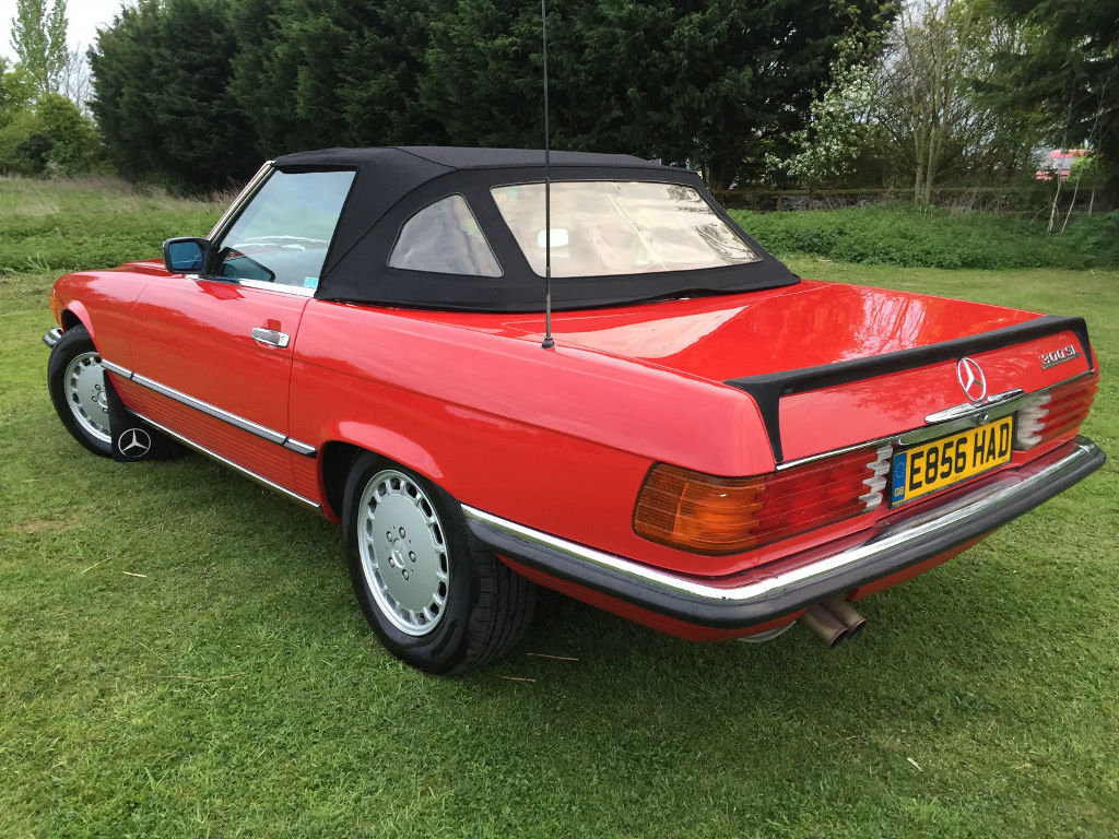 A 1987 Mercedes-Benz 300SL - 23/06/2019 For Sale by Auction (picture 2 of 6)
