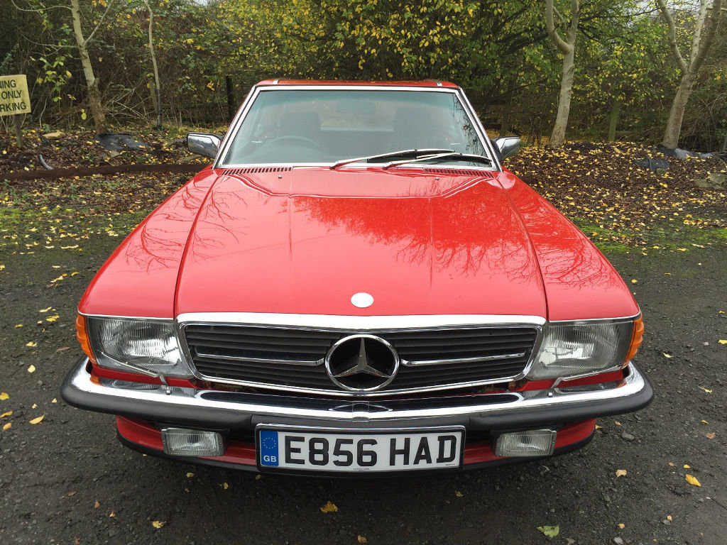 A 1987 Mercedes-Benz 300SL - 23/06/2019 For Sale by Auction (picture 4 of 6)